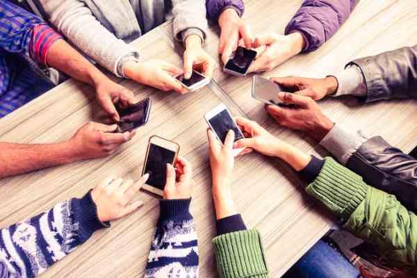 employee-engagement-app-2