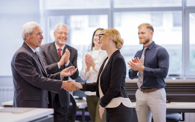 5 Ways Businesses Can Showcase Employee Recognition