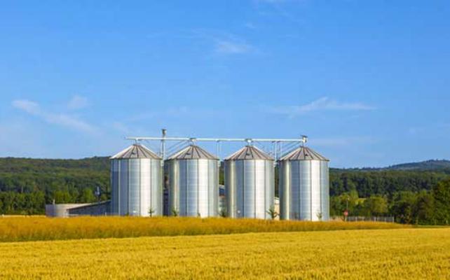 How-to-use-employee-app-to-break-down-departmental-silos