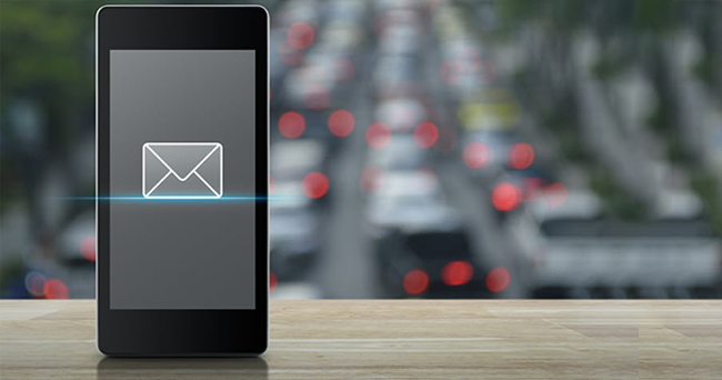 Emails Vs Instant Messaging For Employee Communication Whats Effective And Why